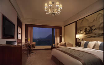 Asia China Guangxi Guilin Shangri-La Hotel hotel room with view of karst mountains - luxury vacation destinations
