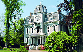 North America Canada Nova Scotia Annapolis Royal Queen Anne Inn historic Victorian green trees - luxury vacation destinations