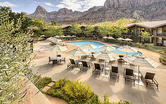 North America United States USA Utah Zion National Park Desert Pearl Inn relax pool scenery - luxury vacation destinations