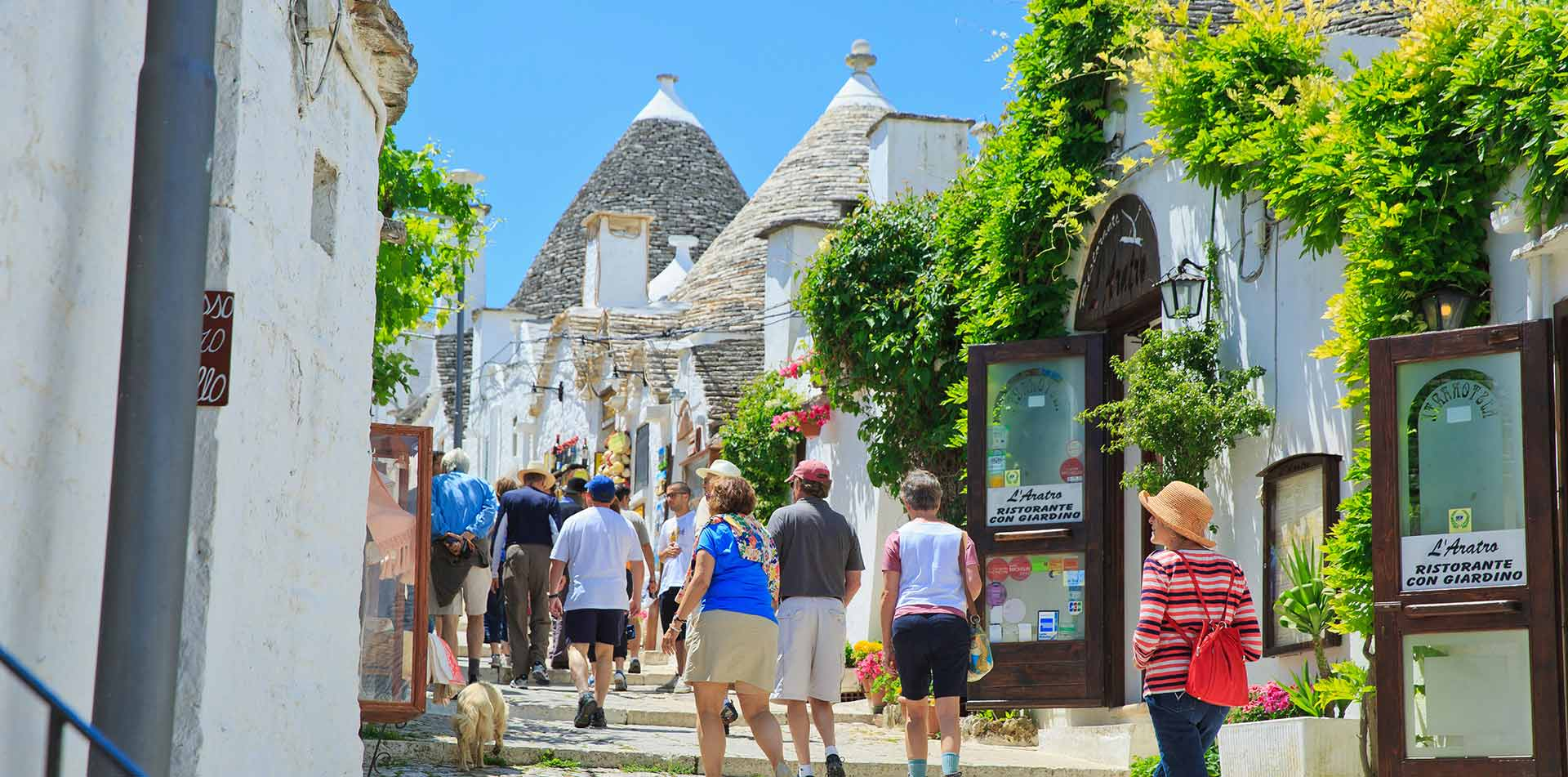 Busy Apulia streets and shops