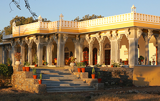 Asia India Rajasthan Dev Shree Relais and Chateaux Luxury Hotel Deogarh exterior at sunset - luxury vacation destinations